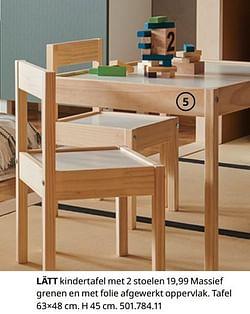Lätt kindertafel met 2 stoelen